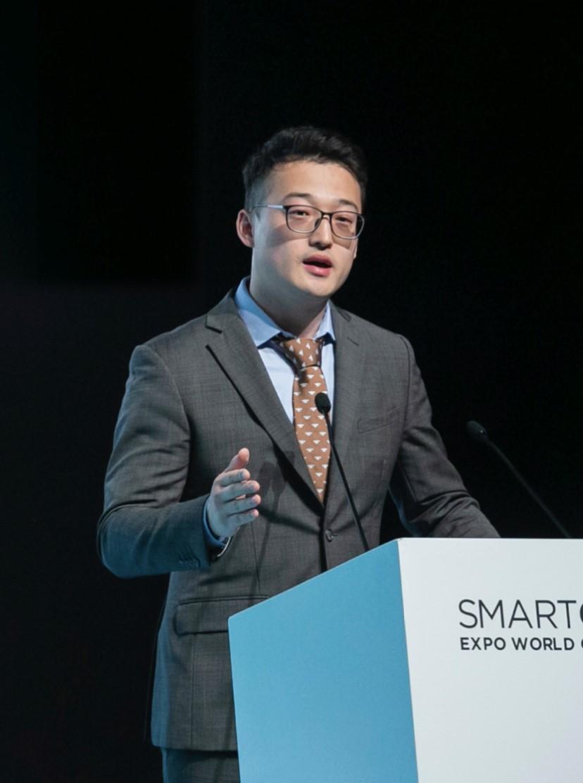 长江对话|毛辉东:做好智慧城市的平衡车