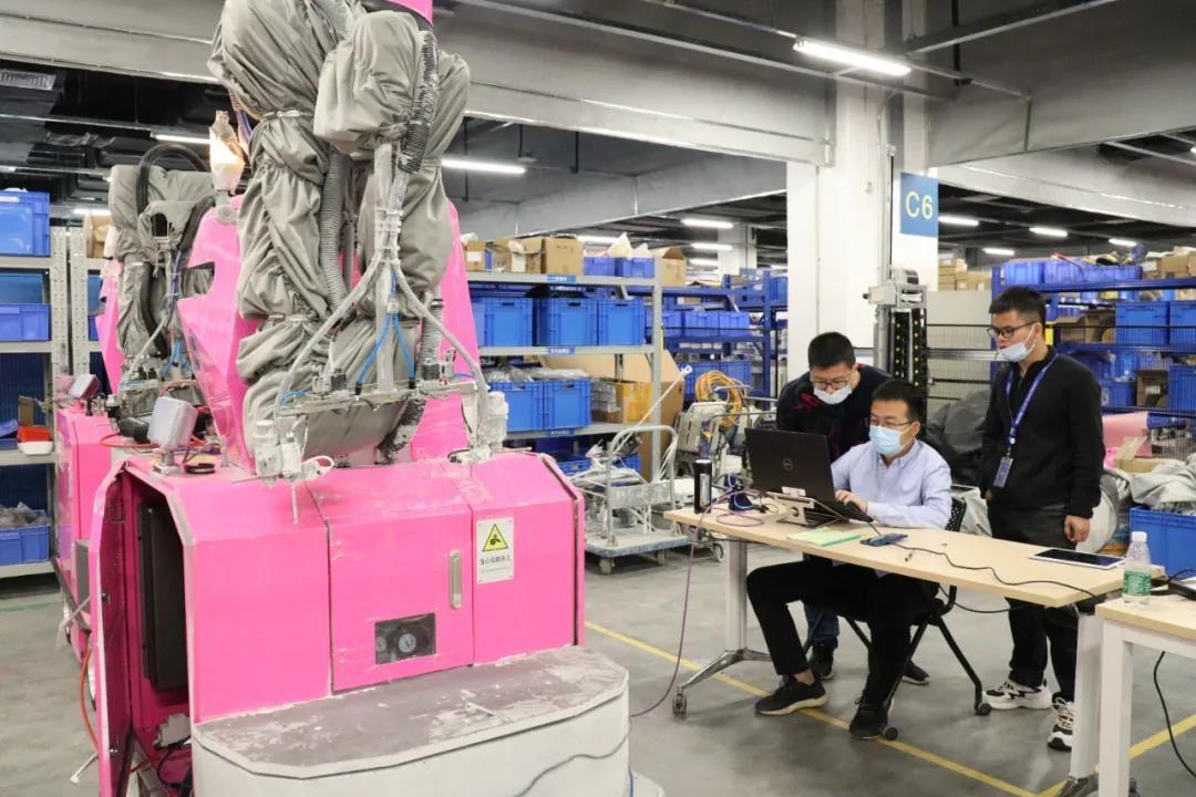 """机器人首秀智能建造,碧桂园跑出智慧化转型""""加速度"""""""