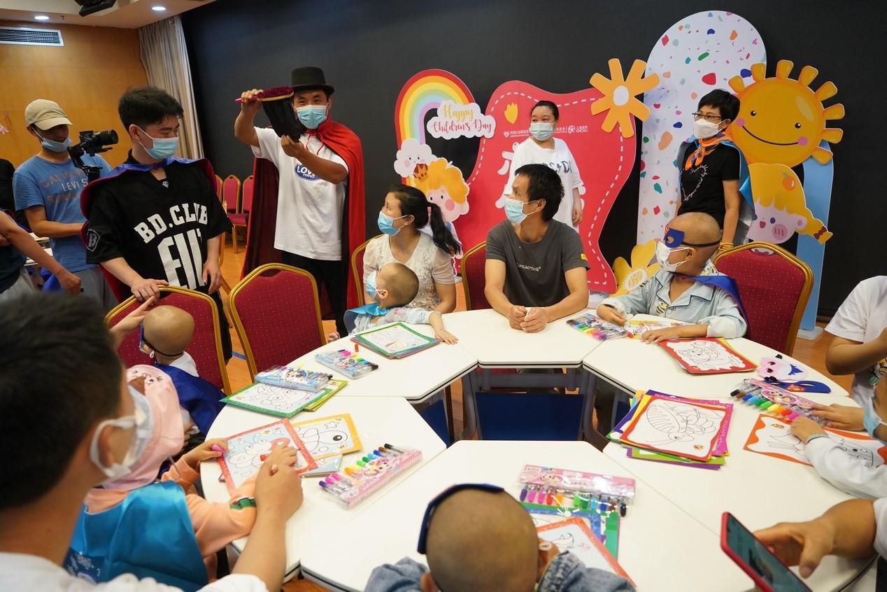 """龙湖善举 为164位特殊儿童的""""六一""""圆梦"""